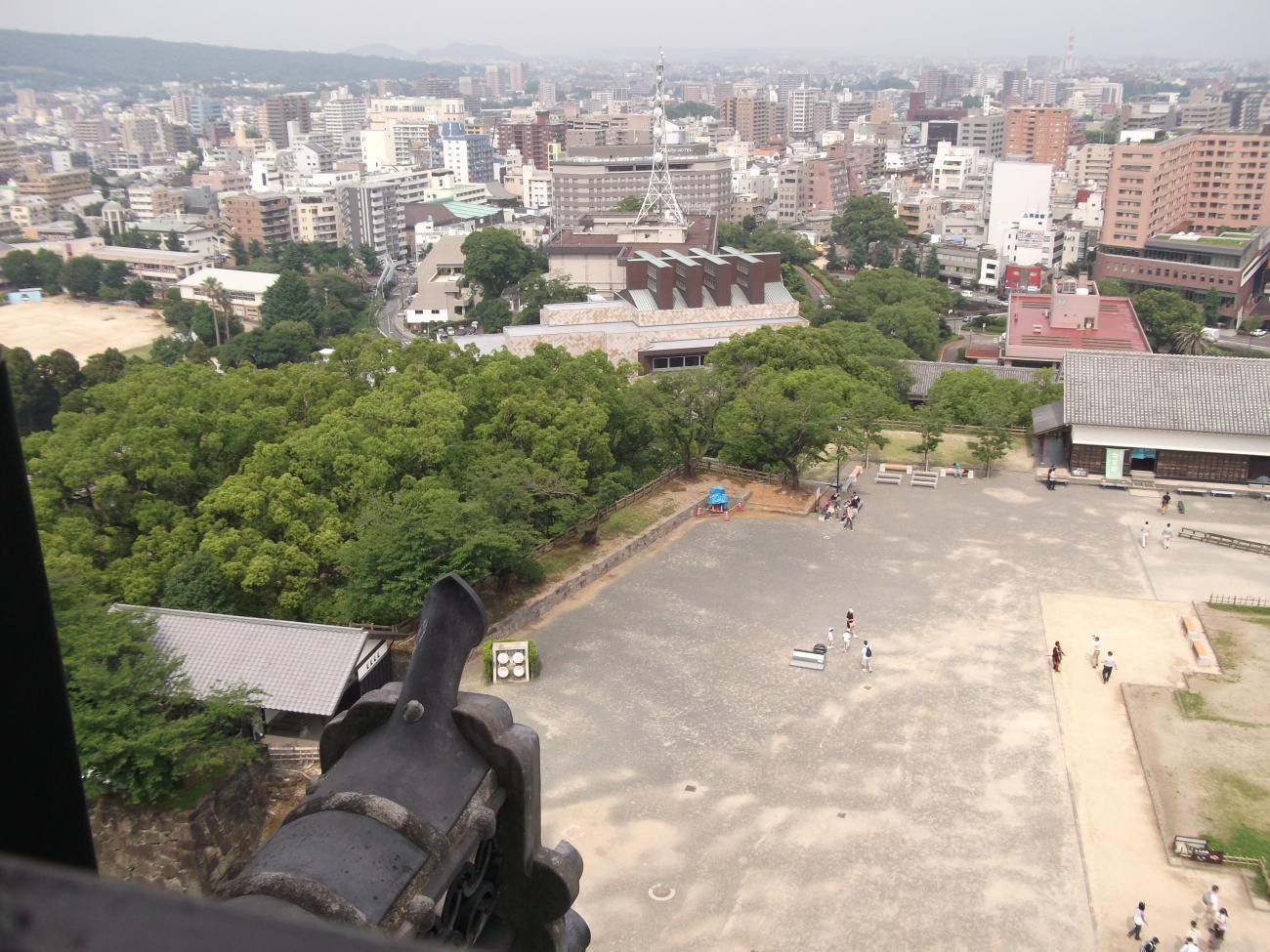 熊本城天守閣より