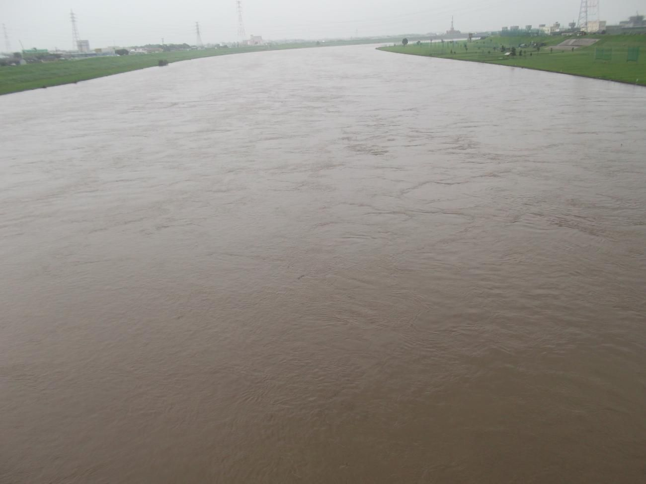 増水の筑後川3
